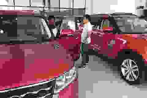 Ô tô Trung Quốc cố lấy lòng khách Việt