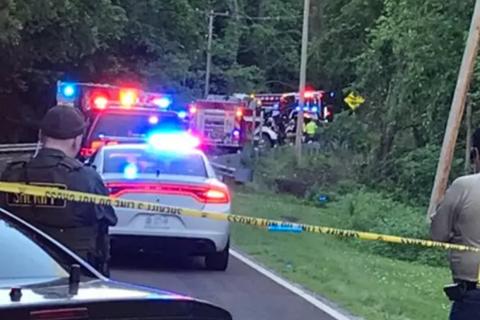 Trộm ô tô của bà đi chơi, hai bé 6, 7 tuổi qua đời thảm khốc