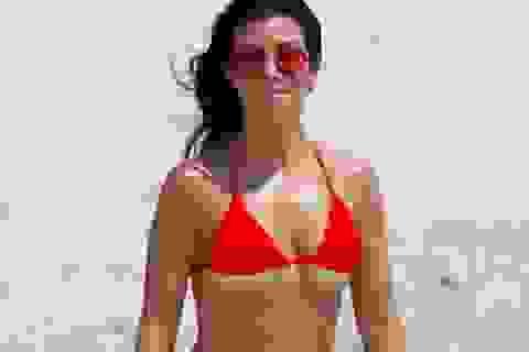 Kourtney Kardashian vẫn thân thiết với tình cũ