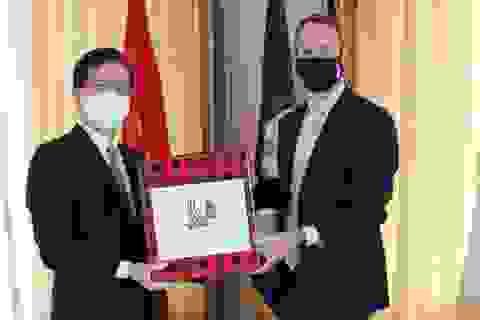 Giám đốc DFC: Việt Nam là đối tác ưu tiên trong các hợp tác của Mỹ