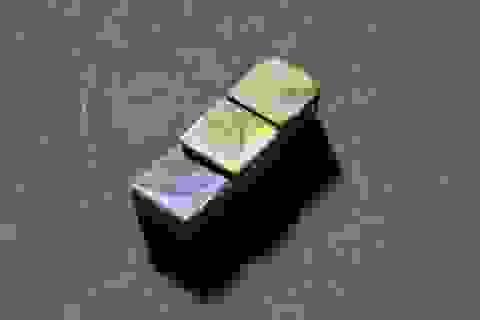 """""""Chocolate ngũ sắc"""" được tạo ra bằng công nghệ cao"""