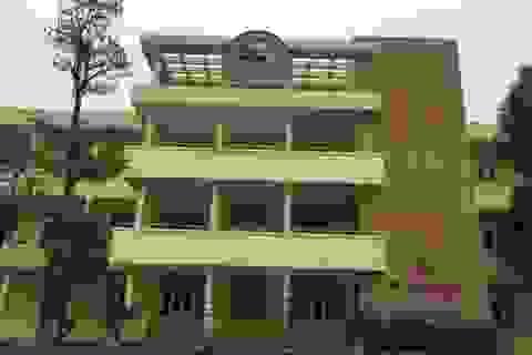 Trường THPT chuyên Lam Sơn tuyển giáo viên
