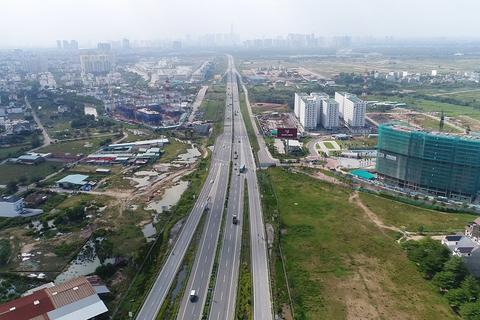 """""""Kéo"""" sân bay Long Thành về TPHCM có khả thi?"""