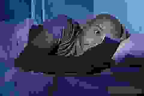 3 thứ nhiều người thường đặt ở đầu giường, nguy cơ ung thư rất cao