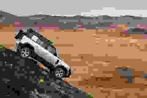 "Land Rover Defender 2020 ""hồi sinh"" sau 23 năm vắng bóng"