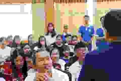 Cơ hội việc làm cho sinh viên đến từ thái độ, trách nhiệm, tính cống hiến