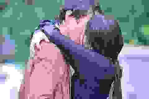 """Sự thật về cảnh hôn nồng cháy của Lâm - Hân ở tập cuối """"Nhà trọ Balanha"""""""
