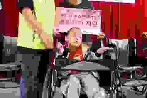 Cô Choi 9 năm nói chuyện với trẻ câm điếc