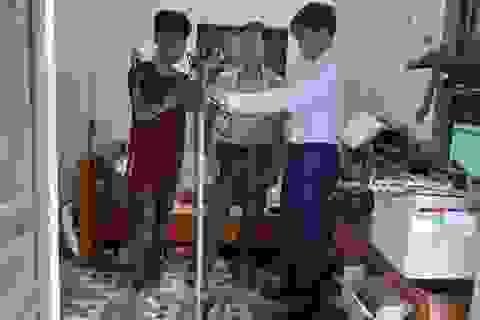 Nam sinh miền núi đam mê chế tạo cánh tay Robot cho người khuyết tật