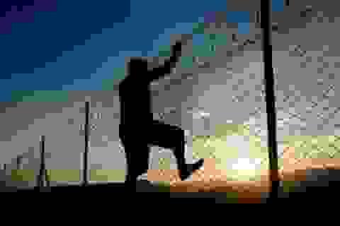 Thêm 12 tháng tù cho phạm nhân án hiếp dâm trẻ em trốn khỏi trại giam