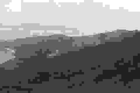 Cháy rừng nơi phạm nhân vượt ngục nguy hiểm đang lẩn trốn