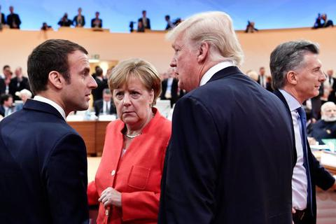 """""""Canh bạc"""" của Tổng thống Trump khi rút 9.500 quân Mỹ khỏi Đức"""