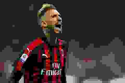 Ngôi sao của AC Milan bị dí súng vào đầu, cướp ngay trên đường