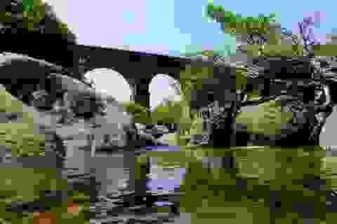 Cầu đường sắt Đồn Cả: Cheo leo tàu vượt núi!