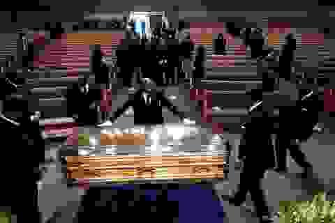 Lễ tang đẫm nước mắt của George Floyd
