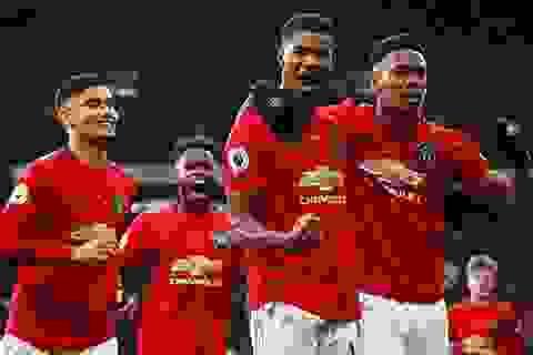 Premier League sắp trở lại: Khi hạnh phúc là tấm chăn hẹp...