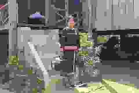 Gần 15 năm, cô đỡ Alui đỡ đẻ miễn phí giúp dân làng