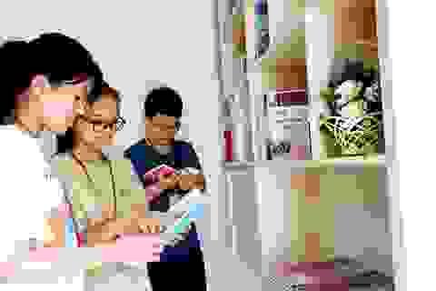 Lựa chọn sách giáo khoa phù hợp với điều kiện, đặc điểm kinh tế - xã hội