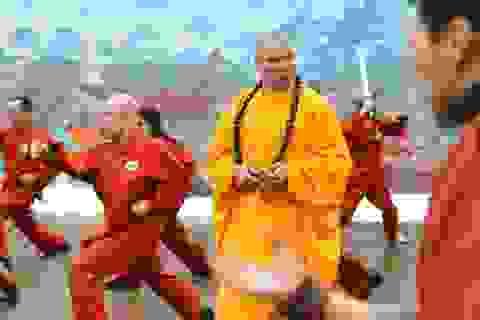 Đại sư Thiếu Lâm xuất sắc hạ võ sĩ kickboxing, lấy lại danh dự môn phái