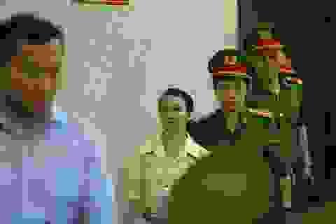 Mẹ nữ sinh giao gà ở Điện Biên hầu tòa kêu oan