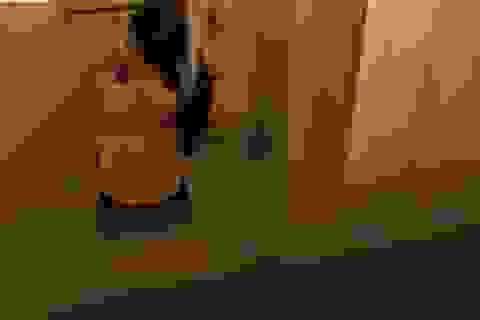 Quay lén bạn nữ đi vệ sinh, nam sinh lớp 12 bị xét hạnh kiểm yếu