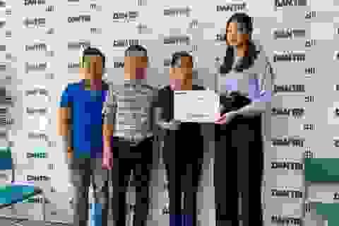Gia đình Á hậu Thanh Tú dùng toàn bộ tiền sinh nhật con trai làm từ thiện