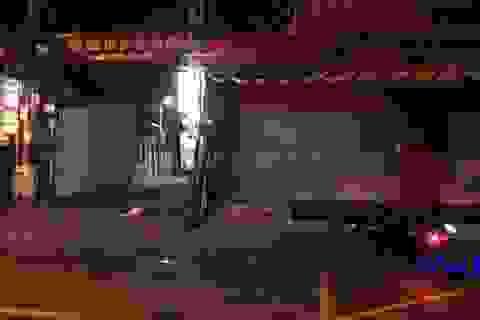 Người đàn ông tử vong bất thường bên đường, xe máy biến mất