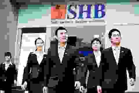 """Bầu Hiển """"tham vọng"""" với giá cổ phiếu, SHB vẫn bị bán mạnh"""
