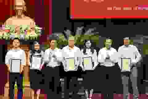 Phóng viên Dân trí đoạt nhiều giải báo chí tại Hà Tĩnh