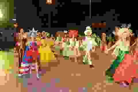 Vũ hội đường phố được tổ chức hàng tuần ở Đà Nẵng