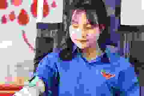 Quảng Bình: Trên 1.000 cán bộ, đoàn viên tham gia ngày hội hiến máu