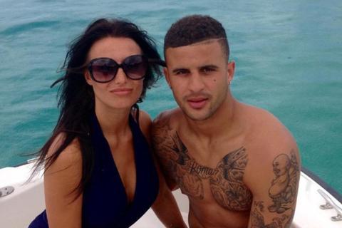 Hậu vệ Man City chi hơn 7 tỷ đồng mua nhẫn cầu hôn bạn gái