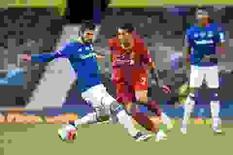 Everton 0-0 Liverpool: Một điểm may mắn của The Kop