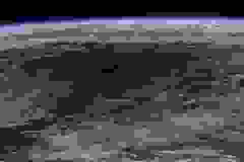 Phi hành gia chụp ảnh nhật thực Trái đất từ Trạm vũ trụ ISS
