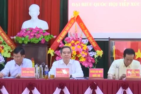 Trưởng Ban Kinh tế Trung ương Nguyễn Văn Bình tiếp xúc cử tri Quảng Bình