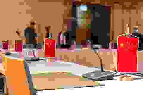 Trung Quốc nổi giận vì bức ảnh châm biếm của quan chức Mỹ