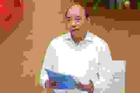 Thủ tướng: Không mở cửa ào ạt, chưa cho du khách vào Việt Nam!