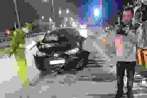 Nghi vấn cán bộ Sở GTVT say rượu lái xe tông một gia đình bị thương