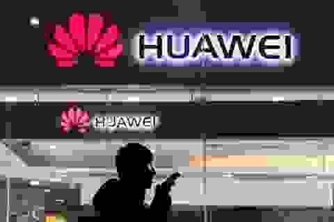 Hãng tin Reuters: Mỹ nghi quân đội Trung Quốc đứng sau Huawei và 19 công ty