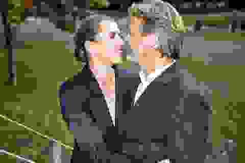 Nữ Thủ tướng Đan Mạch lần thứ 3 hoãn cưới vì bận họp về Covid-19