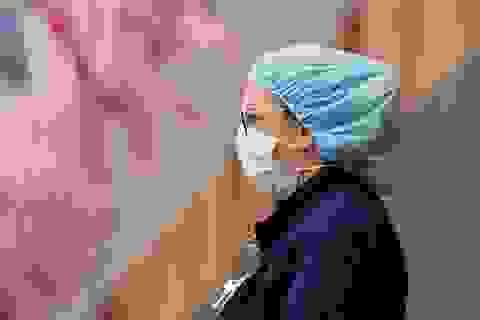 Số ca Covid-19 ở Mỹ tăng mạnh chưa từng có, đại dịch toàn cầu nghiêm trọng
