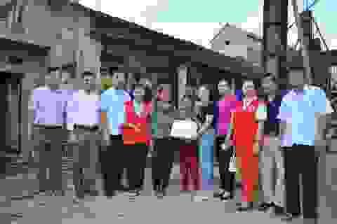 Hơn 2 tỉ đồng của bạn đọc giúp đỡ 2 hoàn cảnh khó khăn tại Bắc Giang