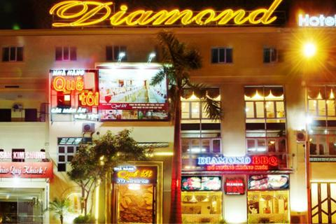 Bà chủ khách sạn Diamond được phát hiện trong tư thế treo cổ