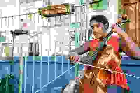 Mỹ: Vì dịch Covid-19, giảng dạy âm nhạc cũng buộc phải lên internet