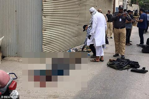 Xả súng kinh hoàng tại sàn giao dịch chứng khoán Pakistan, 9 người chết
