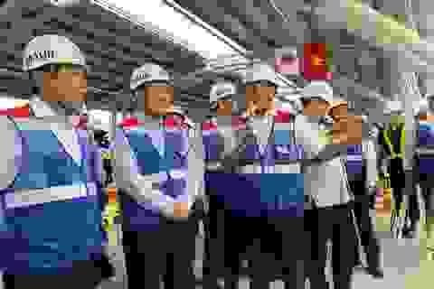 Phó Thủ tướng Phạm Bình Minh thị sát công trình metro TPHCM