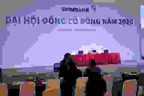ĐHCĐ thường niên của Eximbank tiếp tục thất bại, cổ đông chán nản ra về