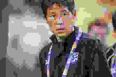 """Thái Lan tìm mọi cách """"giải cứu"""" HLV Nishino"""