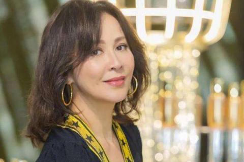 Nỗi tiếc nuối của mỹ nhân 54 tuổi - Lưu Gia Linh