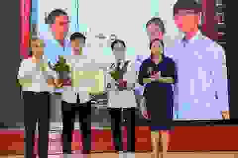 Hai học sinh lớp 11 giành giải Đặc biệt Sáng tạo Thanh thiếu niên nhi đồng